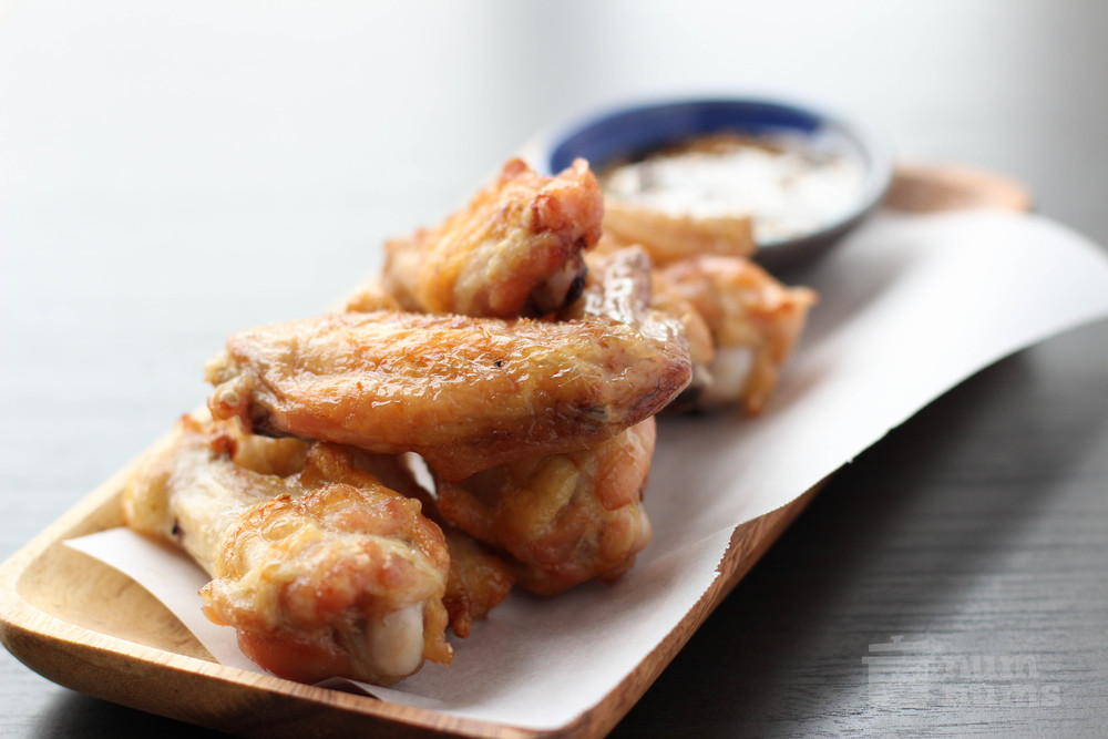 crisp, oven-baked korean chicken wings